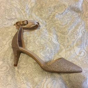 "NIB Stunning Journee Rose Gold Sparkly 2.75"" Heel"
